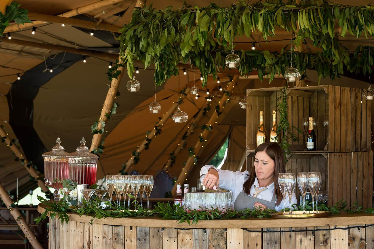 Round Bar in Teepee